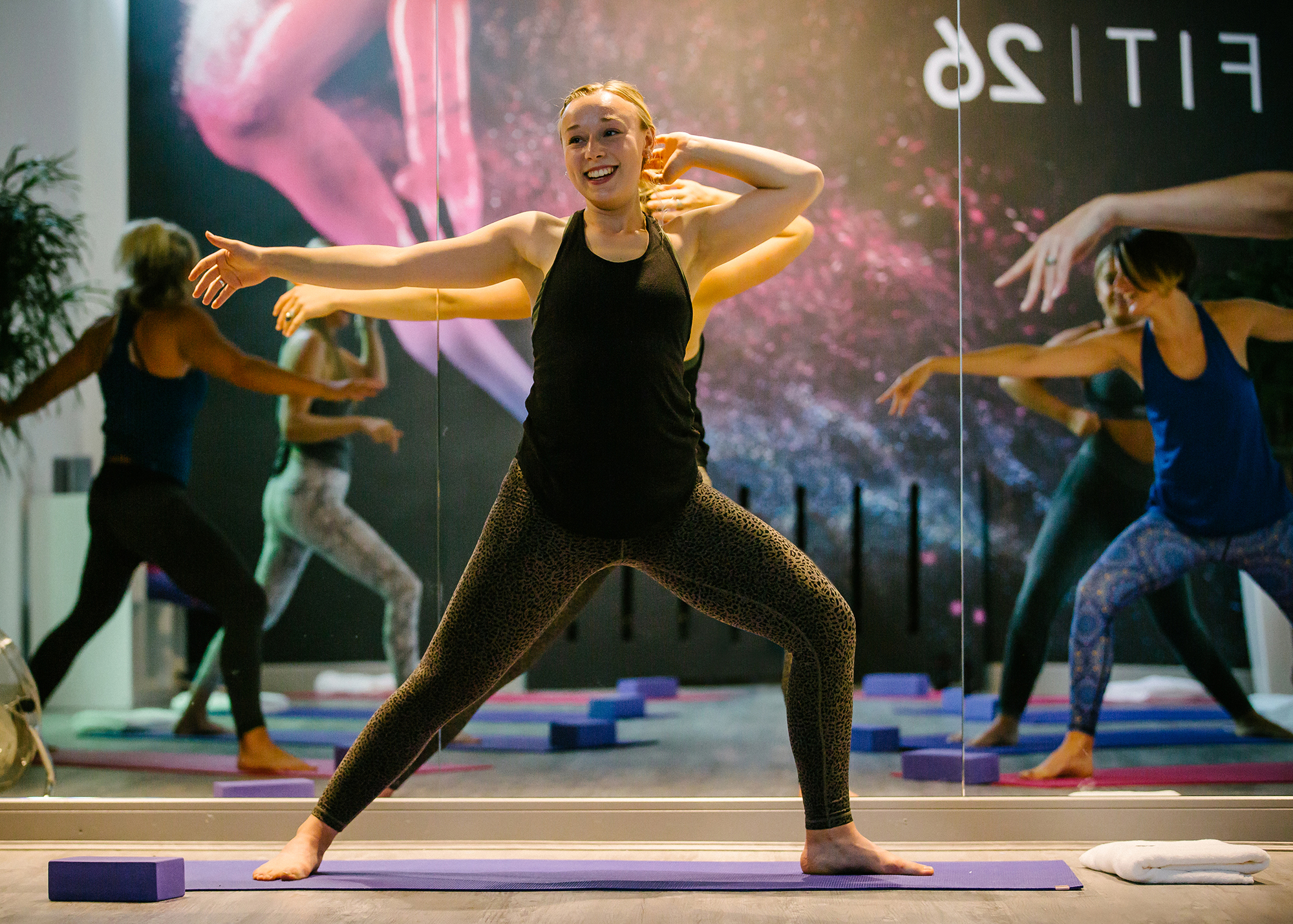 cms-play-yoga-lydia