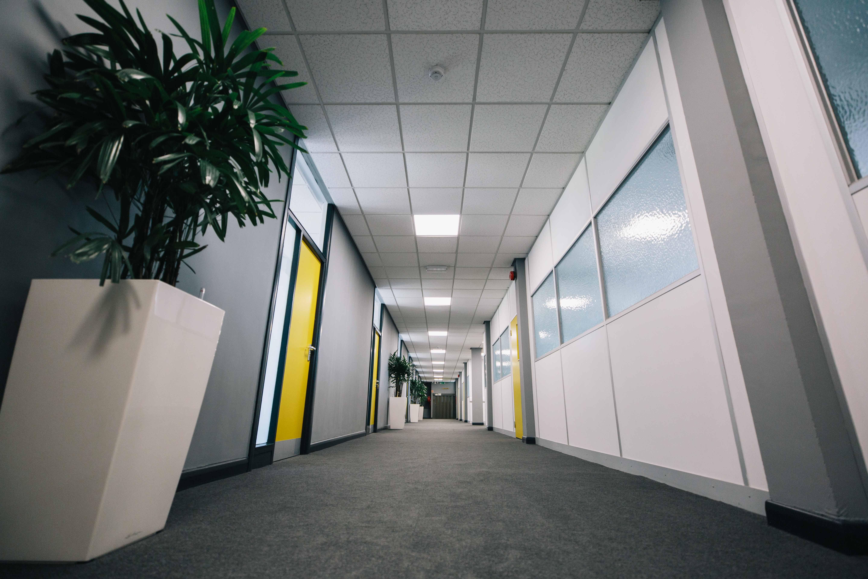 Hub26 - Offices Corridor