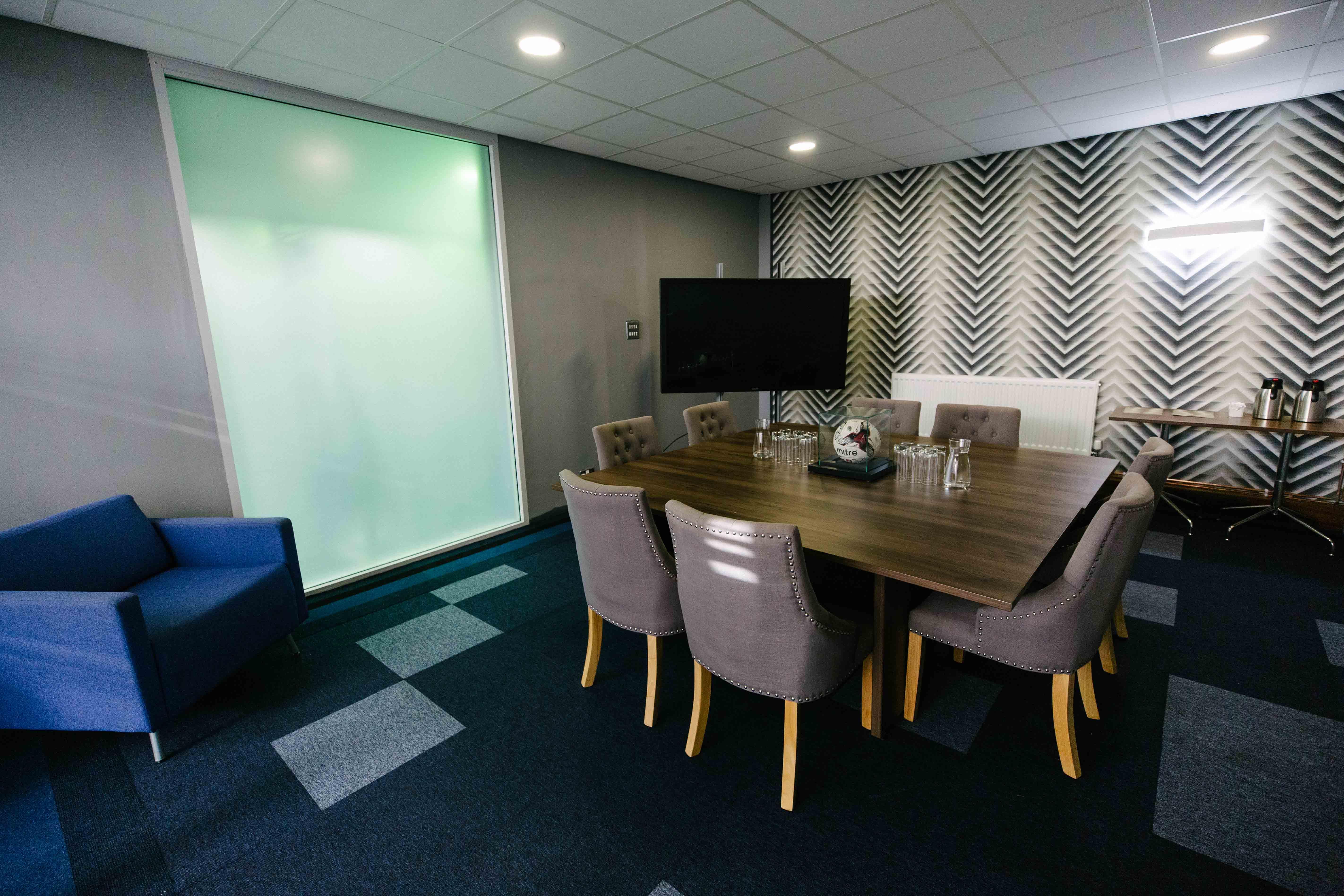 Hub26 - Meeting Room
